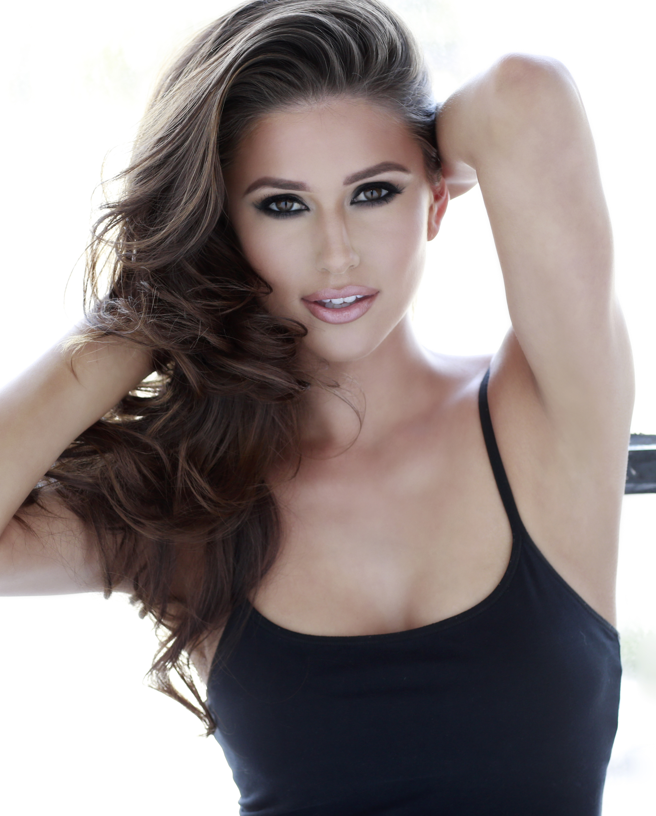 Young Nia Sanchez nudes (85 photo), Topless, Leaked, Boobs, panties 2018