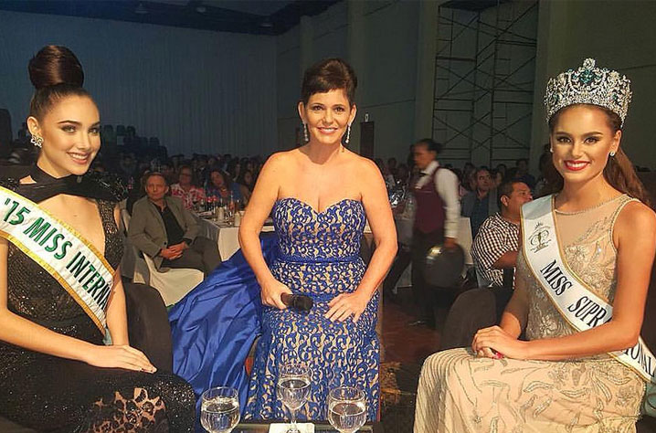 Stephania Stegman with Miss International 2015 Edymar Martinez during the Miss Bolivia pageant
