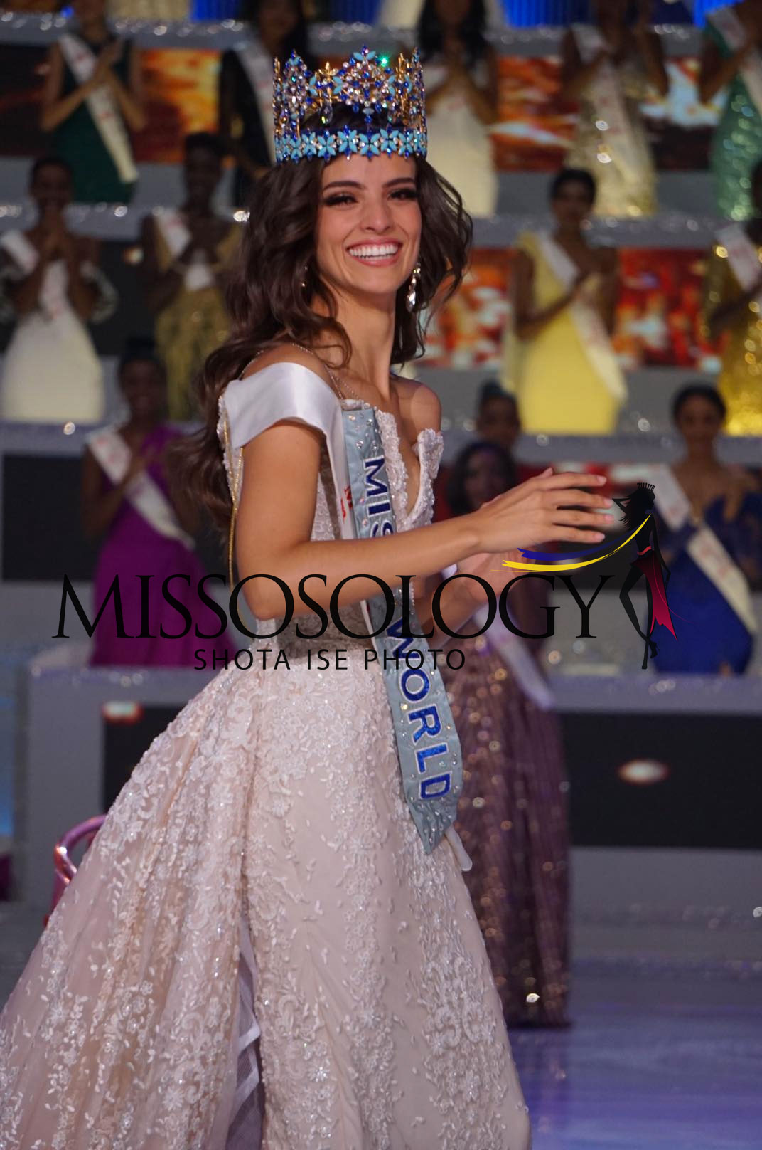 as predicted miss mexico vanessa ponce wins miss world. Black Bedroom Furniture Sets. Home Design Ideas